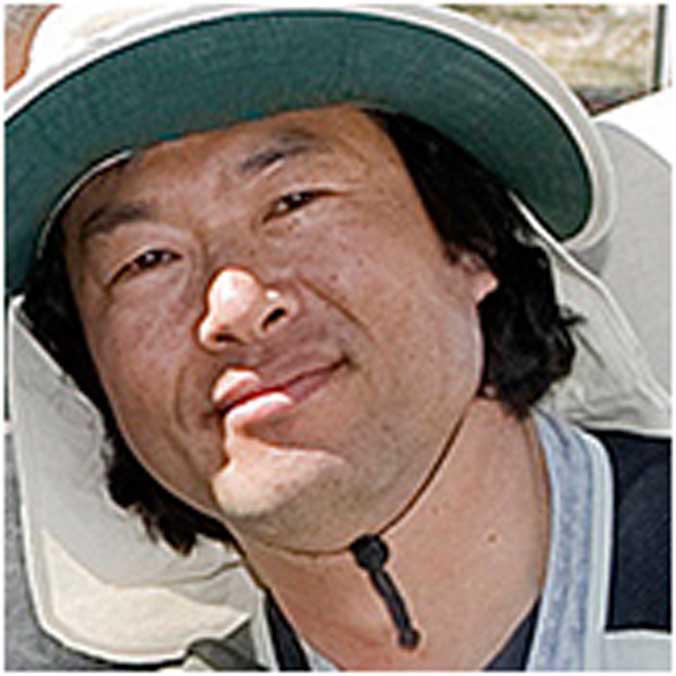 Seung-Woo Hwang